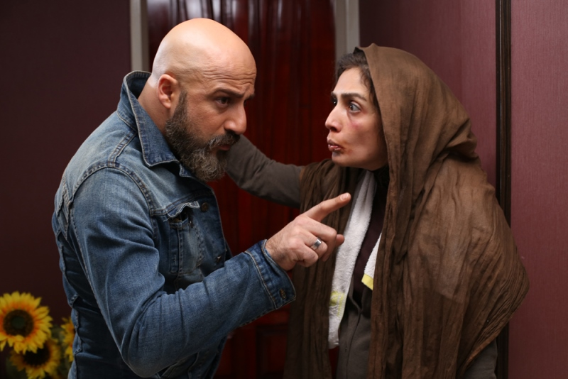 لیلا زارع و امیر آقایی در نمایی از فیلم شیفت شب
