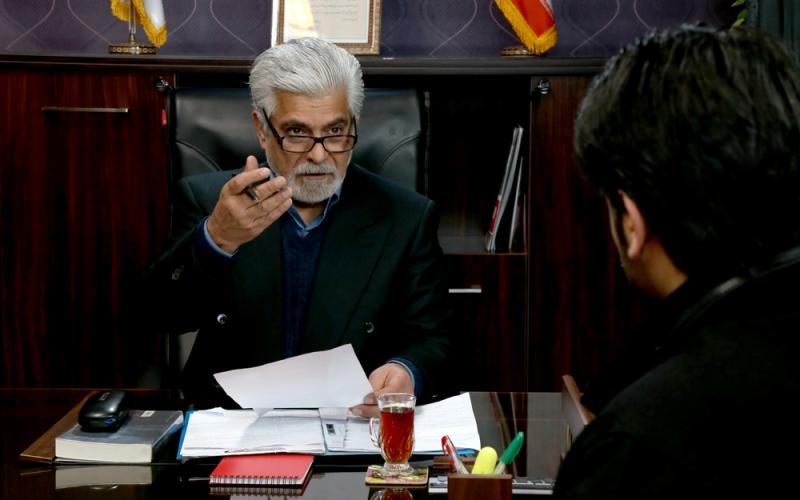 حسین پاکدل در نمایی از فیلم شیفت شب