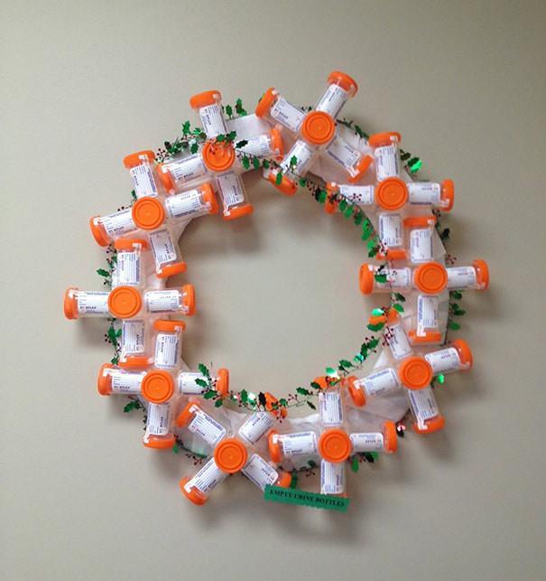 zoomit.ir hospital-christmas-decorations-9_cf886