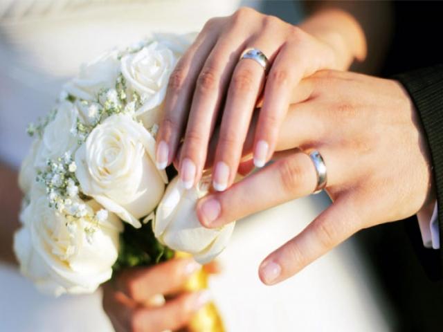 آیا با مرد کوچکتر از خود ازدواج کنیم؟