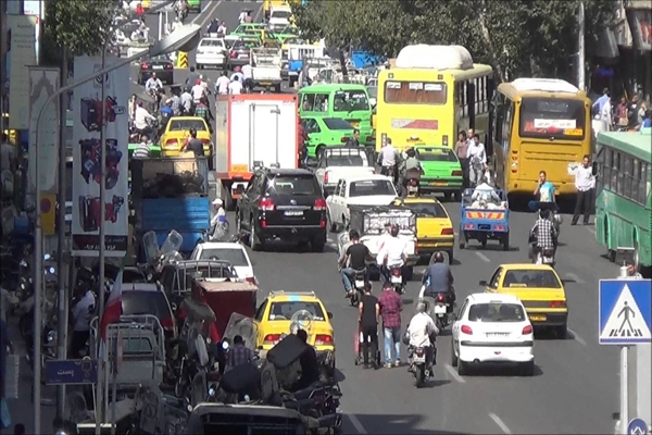 What vehicle traffic is prohibited in Tehran today