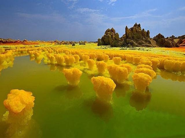 آتشفشان عجیب دالول در اتیوپی
