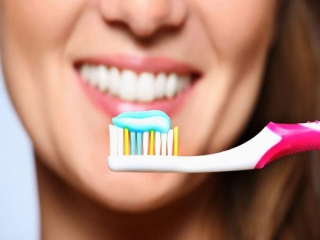 مسواک بزنید حتی اگر دندان ندارید