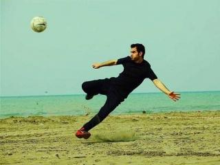 محسن یگانه و کاکروی فوتبالیست ها