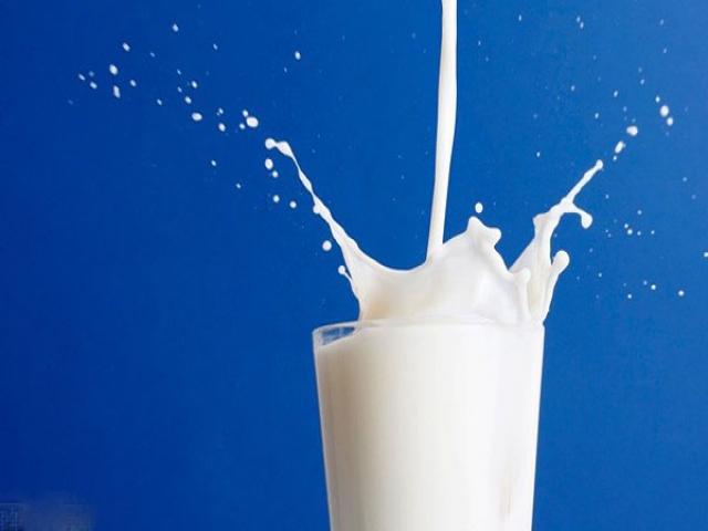 این شیرهای سرطان زا را نخورید