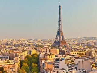 برنامه فرانسه برای جذب 100 میلیون گردشگر تا سال 2020