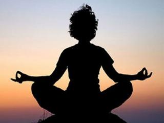 درمان زانو درد با یوگا