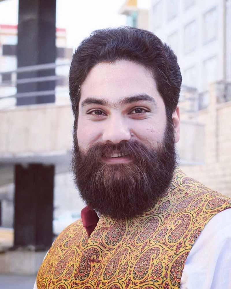 لرستانی بودن علی زند وکیلی