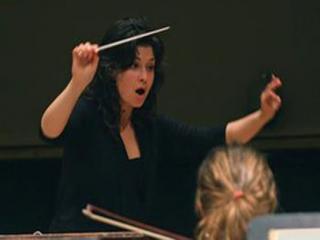چرا زنها رهبر ارکستر نمیشوند؟