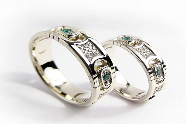 A very beautiful set engagement rings (12)