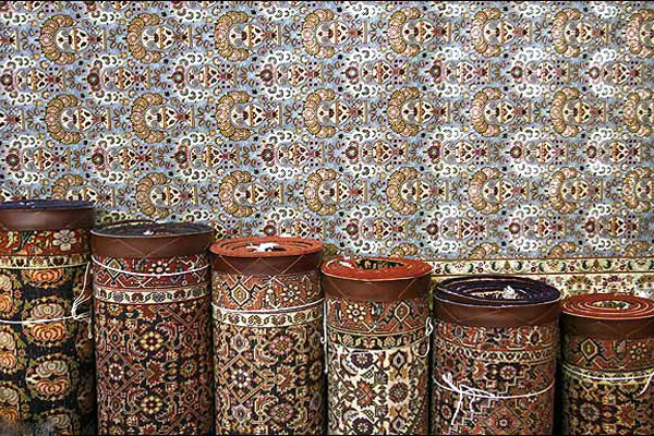 New York Times sanctions Tehran, has not had a positive impact on the carpet industry Persian carpets in critical condition