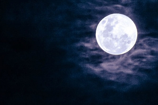 moon-in-scorpio-4
