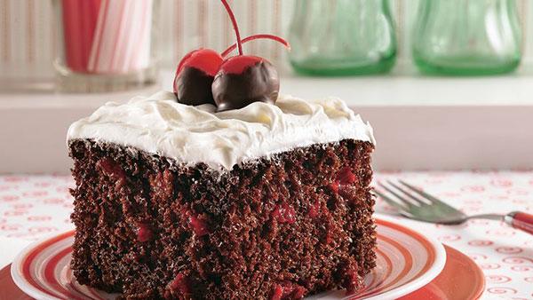 کیک آلبالو-cherry cake