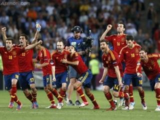 اسپانیا فینالیست یورو 2012 شد