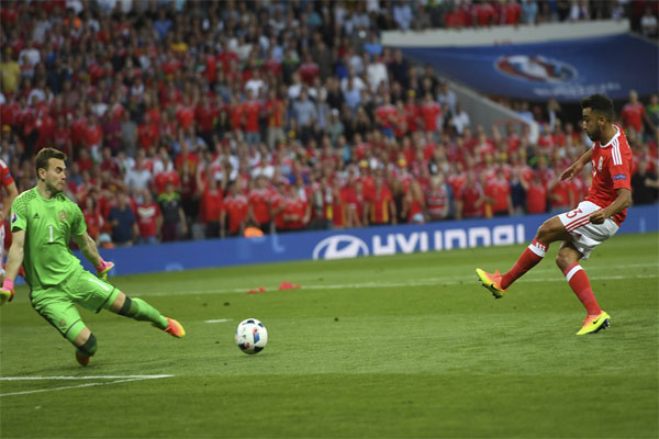 Wales 3-0 Russia Wrath of the Dragon (2)
