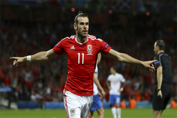 Wales 3-0 Russia Wrath of the Dragon (3)