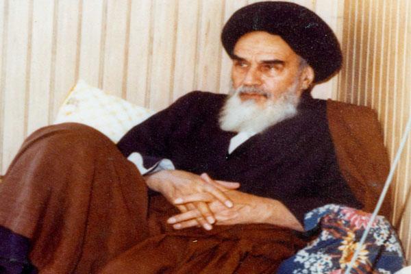 the-choice-of-ayatollah-khamenei-to-lead-the-islamic-revolution(3)