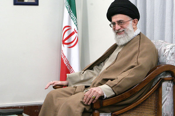 the-choice-of-ayatollah-khamenei-to-lead-the-islamic-revolution(4)