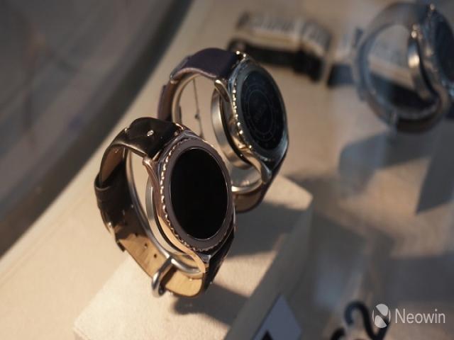 ساعت هوشمند Gear S3 سامسونگ با ویژگی های اضافی همراست