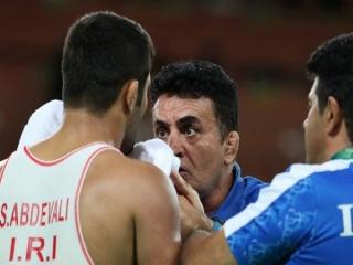 محمد بنا: فقط از مردم عذرخواهی میکنم/ این ناکامی را به گردن میگیرم