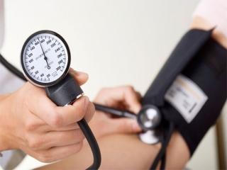 چه عواملی باعث فشار خون میشود