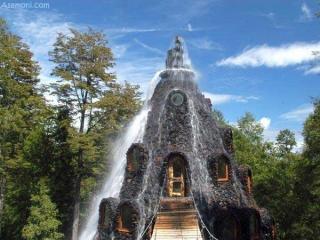 هتلی در دل آبشار