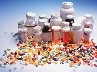 هنگام مسافرت نگهداری دارو داخل خودرو ممنوع !