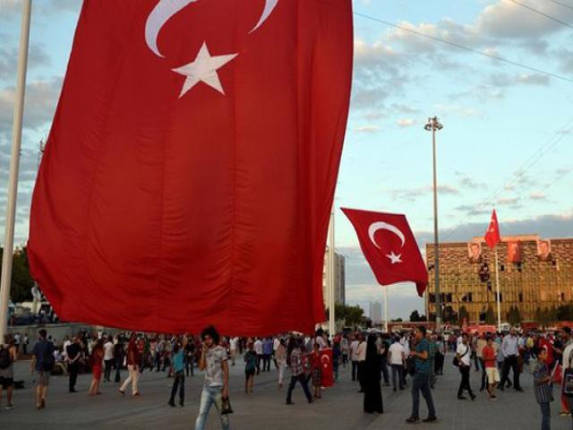 سفر فردی به ترکیه مجاز شد، تور ممنوع است!