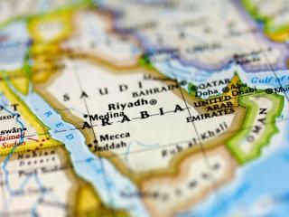 """اصابت مدل ارتقاء یافته موشک ایرانی""""شهاب-2"""" به عمق عربستان"""