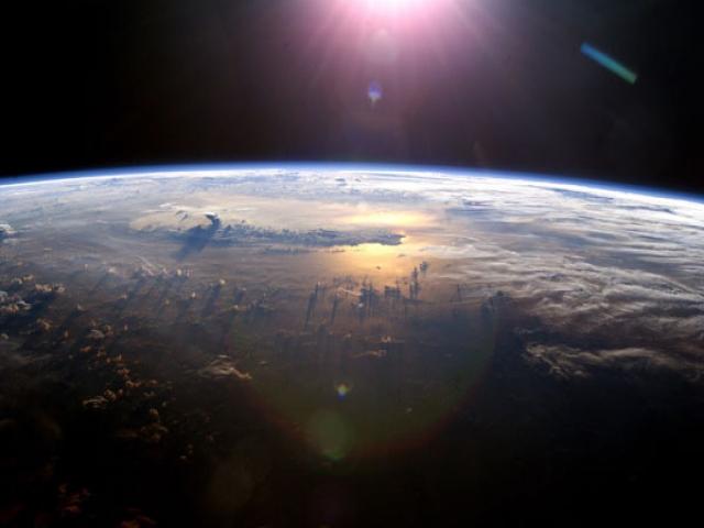 جو زمین و ساختار آن چگونه است؟