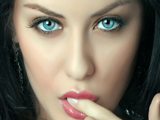 رمز و رازهای درشت نشان دادن چشم با آرایش