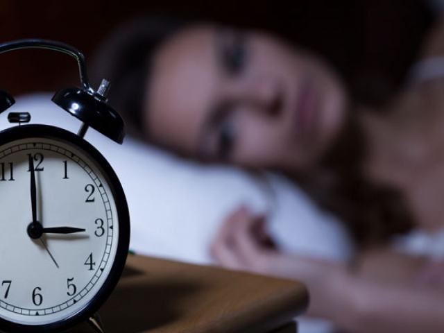زنان 2 برابر مردان گرفتار بی خوابی هستند