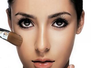 آرایش مناسب برای صورت های گرد