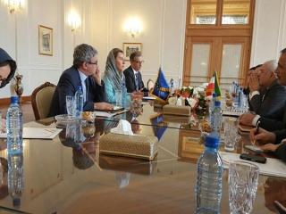 موگرینی با وزیر خارجه ایران دیدار کرد