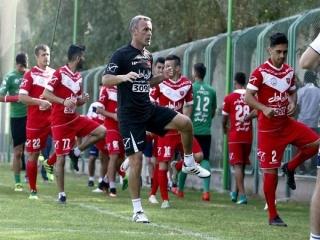 تمرینهای پرفشار برانکو و فوتبال درون تیمی سرخپوشان/ باقری مشکیپوش شد