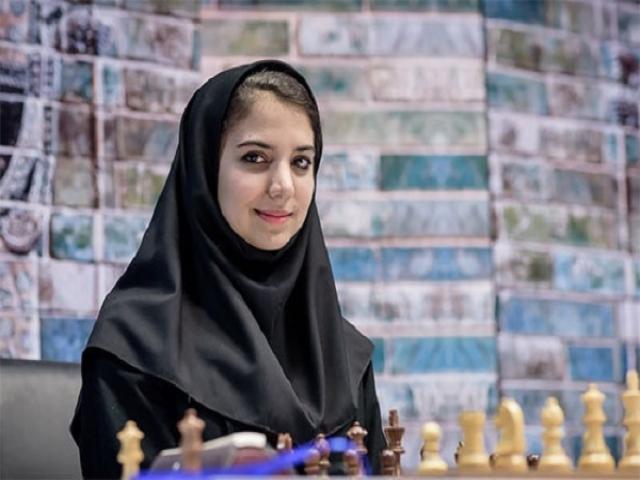 شکست خادم الشریعه مقابل بانوی شماره دو شطرنج جهان