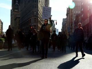 ادامه تظاهرات گسترده ضد ترامپ/ تجمع معترضان مقابل کاخ سفید/ سر دادن فریاد علیه میلیاردر آمریکایی در مقابل آسمانخراشش