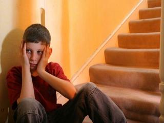 با نوجوان خجالتی چگونه رفتار کنیم؟