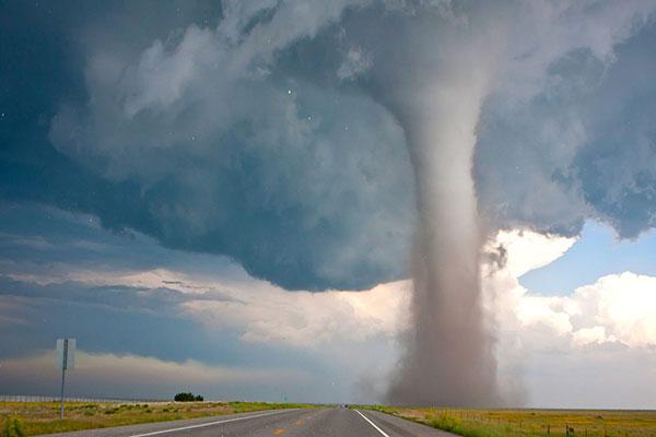 wind-gusts-tornado-hurricane1
