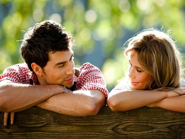 حد و حدود معاشقه در دوران نامزدی و عقد