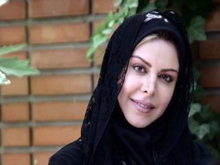 فلور نظری، بازیگر ایرانی ساکن آلمان