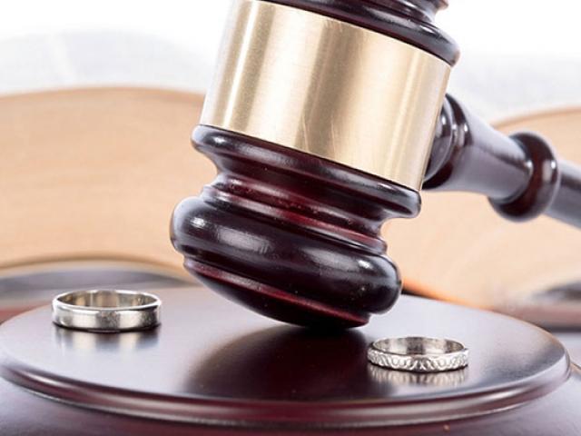 حق طلاق با زن اینگونه است (خانم ها بدانند)
