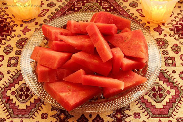 yalda-or-warp-ancient-iranian-celebration3