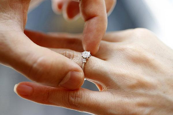 courtship-limitsduring-engagement-1