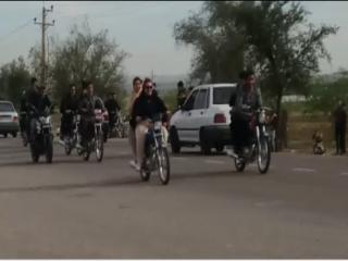دستگیری 2 دختر به علت موتورسواری در دزفول