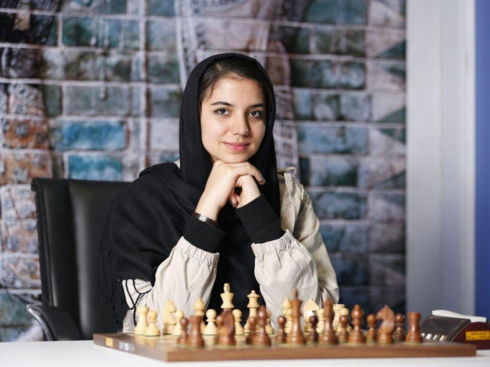 sara-khademalsharieh3