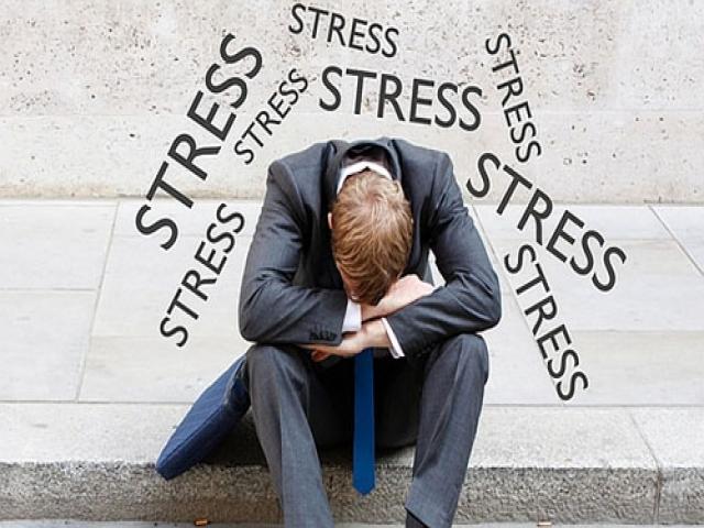 خطرات استرس و نگرانی را جدی بگیرید