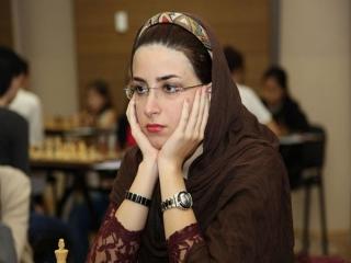 بیوگرافی درسا درخشانی ، شطرنج باز پرحاشیه