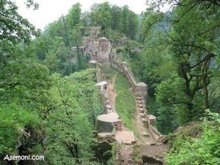 قلعه تاریخی هزار پله رودخان