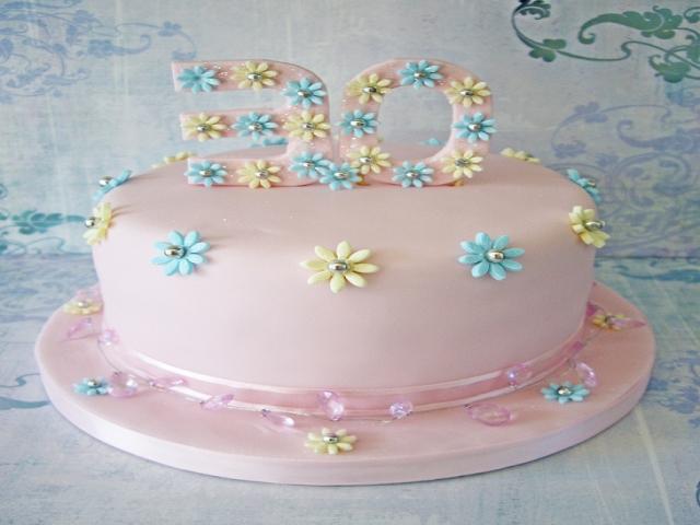 طرح های جالب و خلاقانه کیک تولد